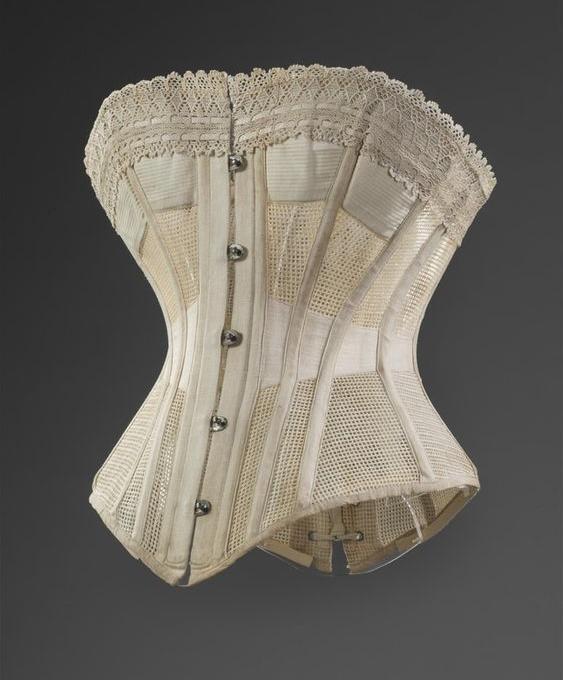edw-corset-ref01VictoriaAlbertMuseum