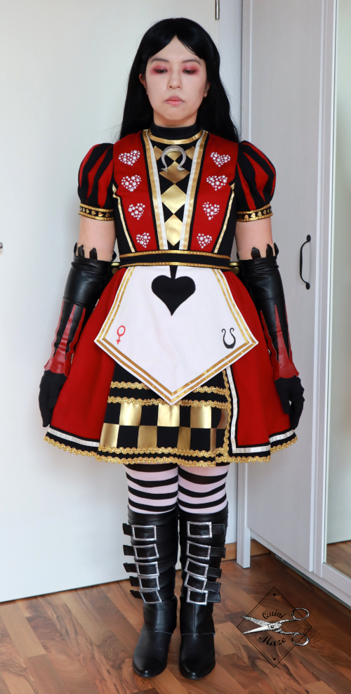 alicemadnessreturns-cosplay-royalsuit01