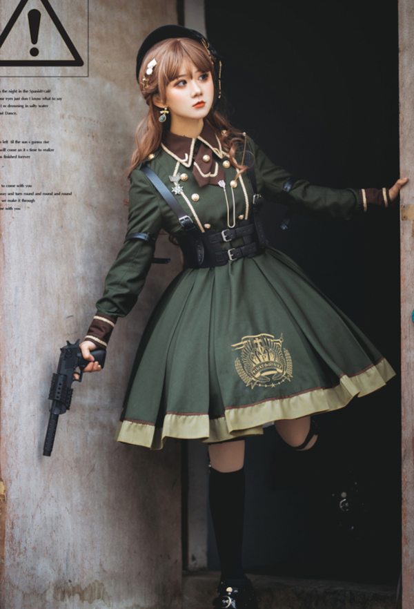 military lolita-ref2