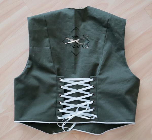 military-lolita-vest5